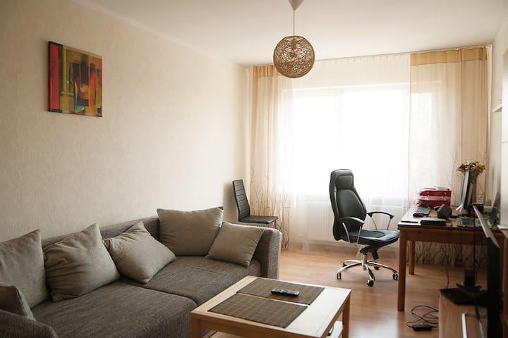 Sunny, quiet 2-room flat w/ balcony - Riga - Byt