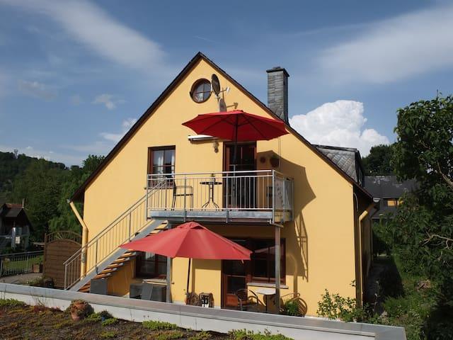 Ferienwohnung im Ökoweingut - Pünderich - Apartment