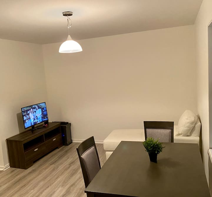 Cosy Apartment Near Downtown