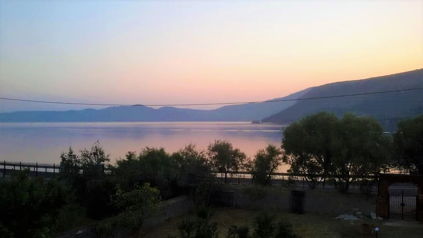 Villa with sea view, Perama, gulf of Gera, Lesvos