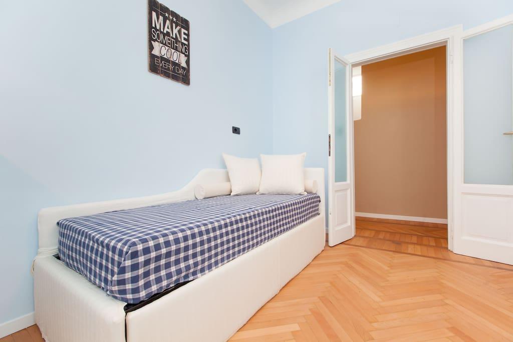The blu room