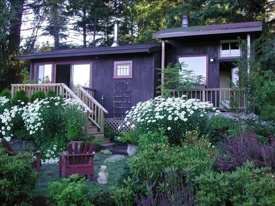 San juan island cabin at willowpond cottages for rent in for Cabin rentals san juan islands wa