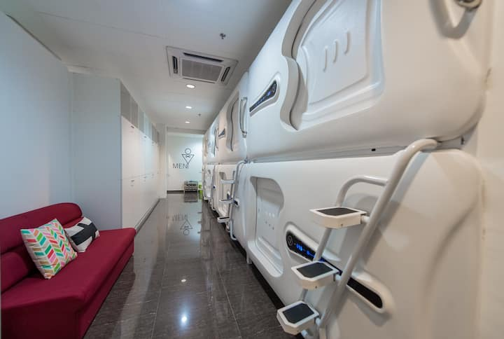 #2 : Capsule Room + WiFi (For Male Only)