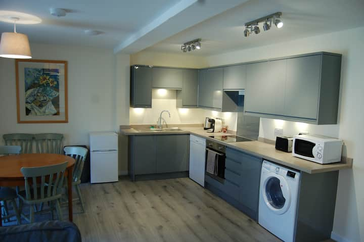 Beautiful new flat in heart of the city.
