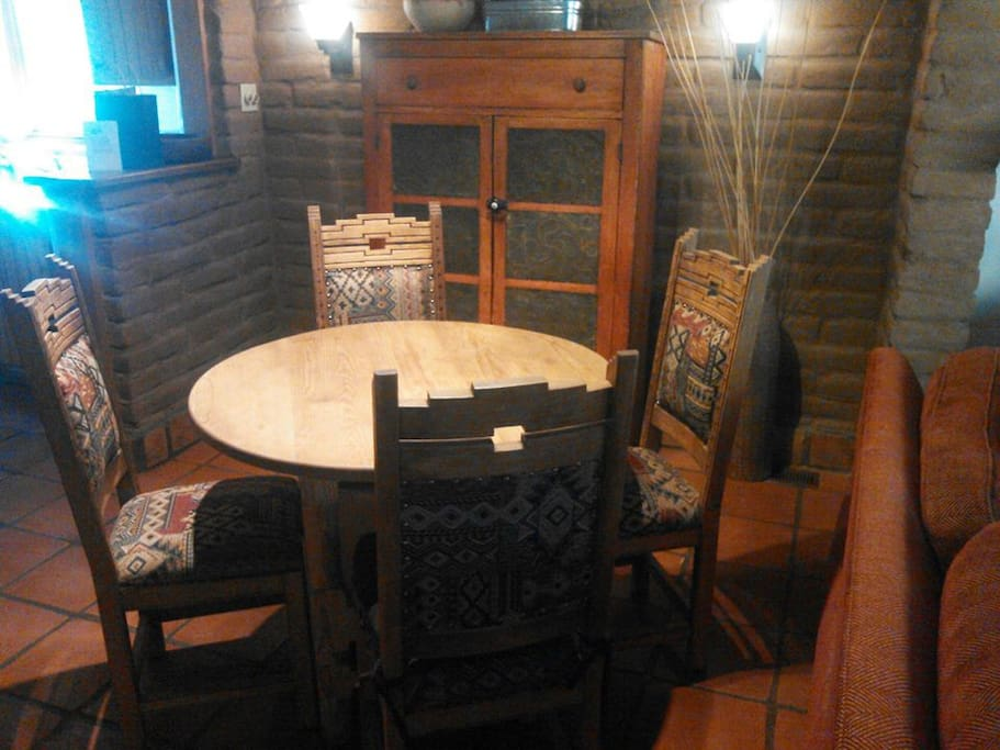 Southwestern dining room.