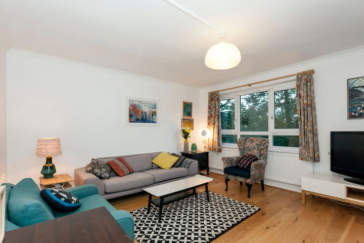 Bright & Spacious Apartment