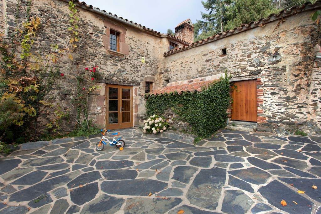 Bienvenidos a Ca l'Agnès, estás en tu casa :)