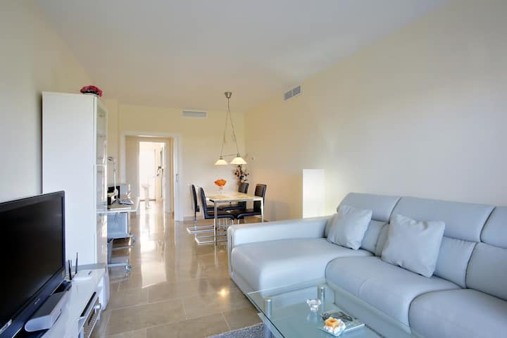 Apartment for rent in exclusive Golf resort