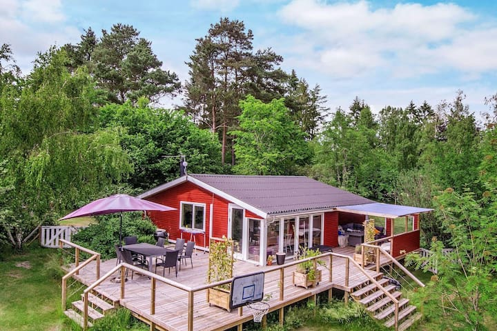 6 person holiday home in Rønde