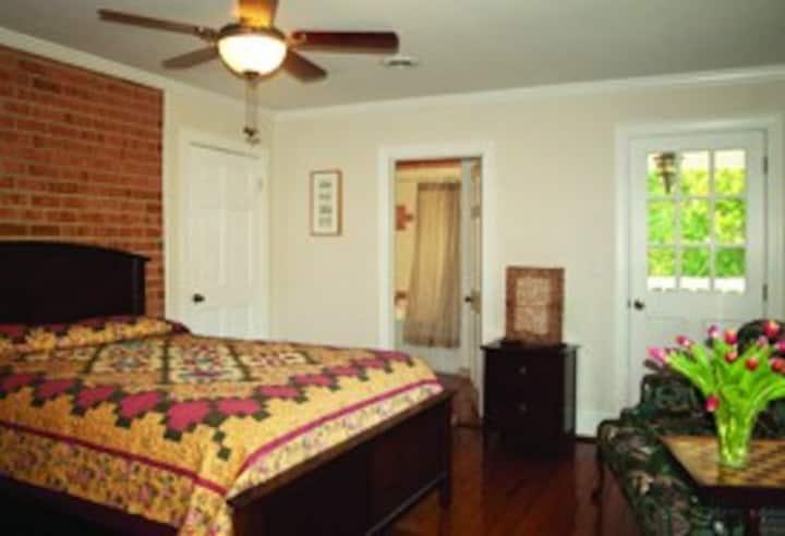 Shenandoah Manor B&B - Vermeer Room