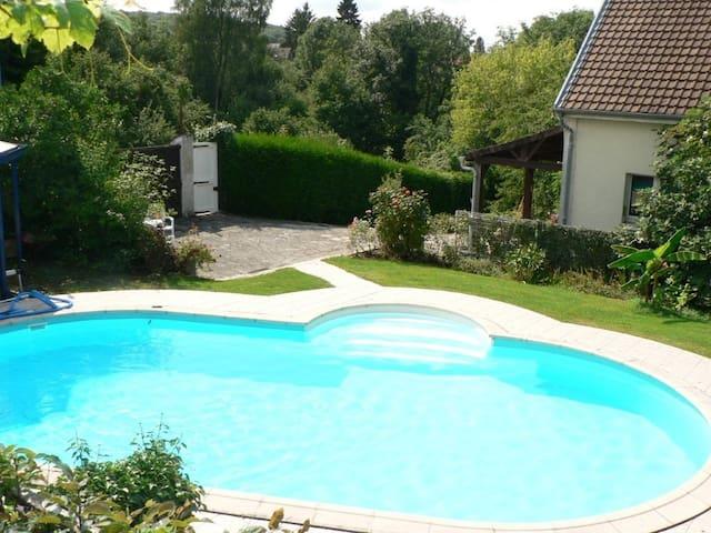 La Maison d'Arbouet - Nanteuil-la-Forêt - Casa