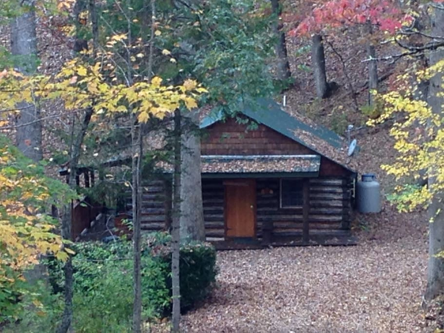 Rustic cabin in peaceful setting cabins for rent in - 4 bedroom cabins in north carolina ...