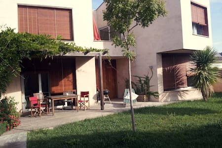 Casa con jardín en Empordà - Pontós - Ev