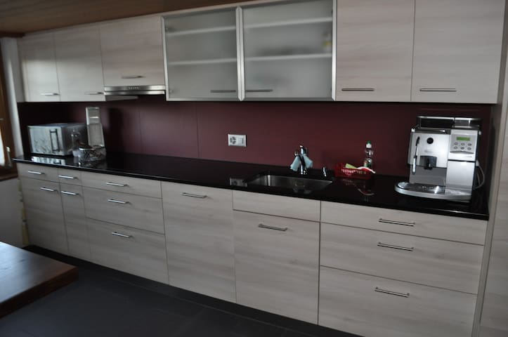Aeschi /Spiez/Interlaken Apartment 1 - 5 Personen