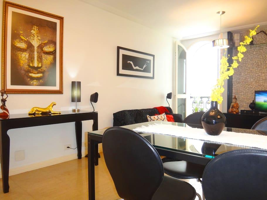 The Best Apt Paulista Ave, Jardins- Living Room