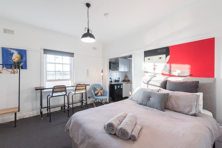 Stylish Studio-Heart of Surry Hills/Oxfords/Sydney