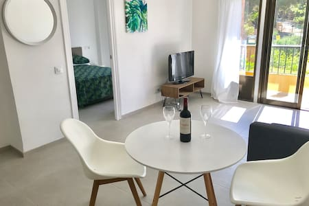 Modern Apartment with Rooftop Pool central Moraira