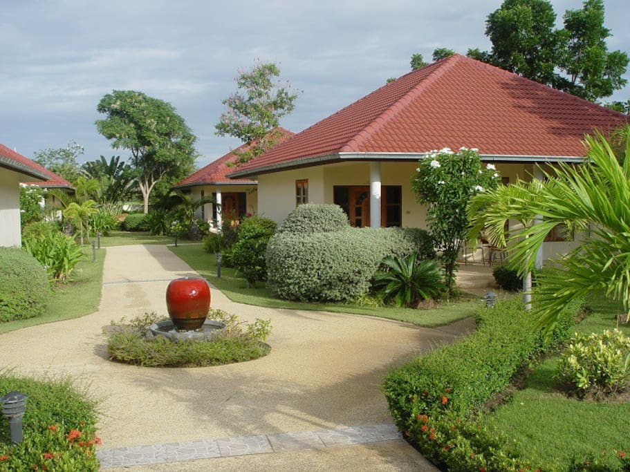 ruhige private Bungalows
