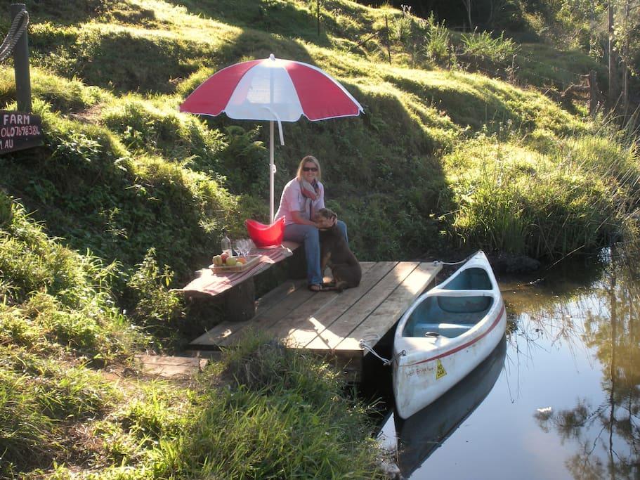 Guest canoe