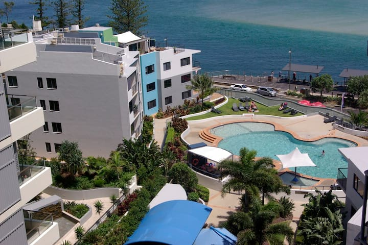 8th Floor Views.. Exotic Charm 1brm - Caloundra - Leilighet