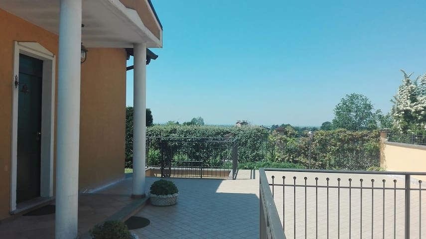 Indipendent apartment on northern Italy hills - Montebello della Battaglia - Apartment