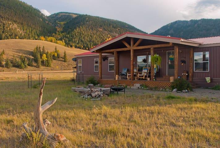 Mesa Cabin, Creede, ATVs Welcome