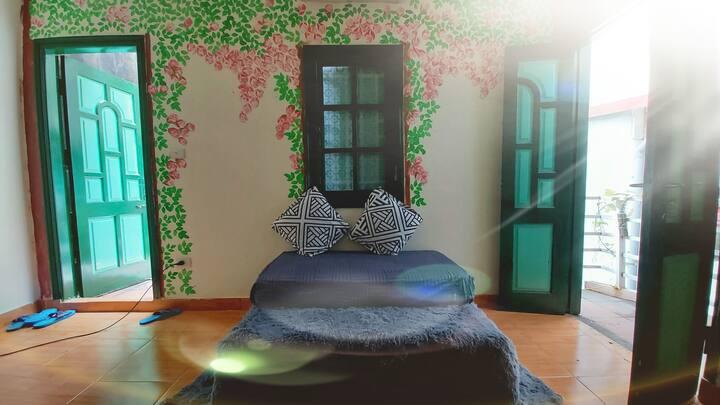 Ha Noi, OldQuater, Westlake, Rosie House is  cozy