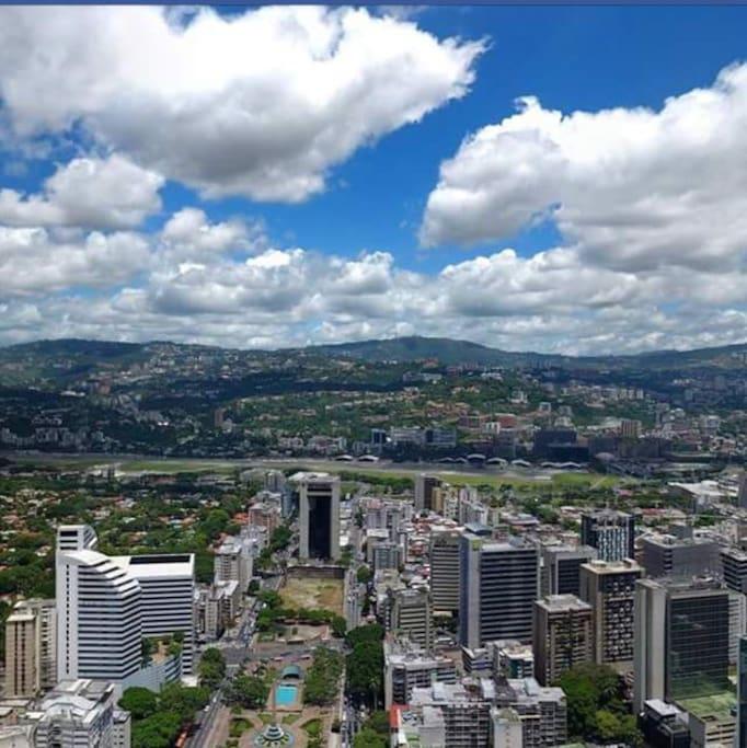 Estamos en La bella Urbanización de Altamira Caracas Venezuela!