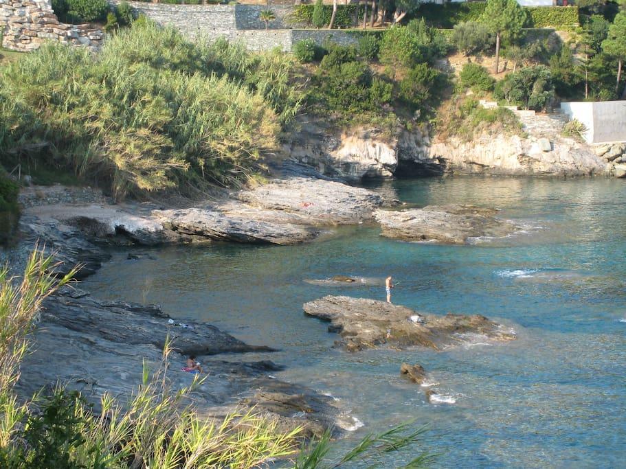 A 5 minutes de la maison,baignade et pêche