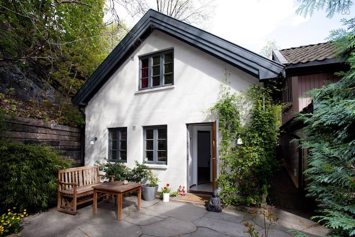 Garden cottage in Central Oslo - Oslo - Dom