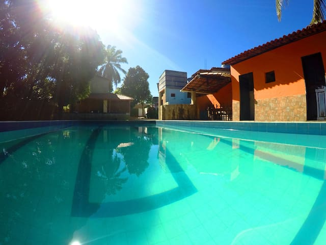 Casa Grande em Bom Jesus - Piscina / 200m da Praia