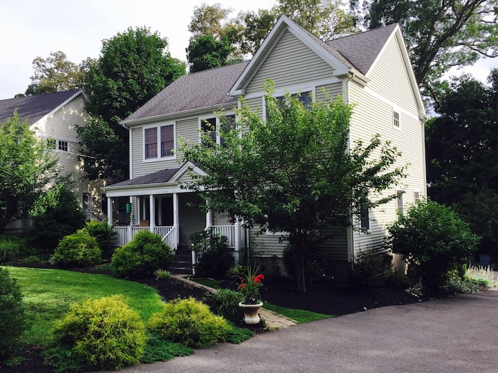 Heart Of Cold Spring 4BR Modern Home