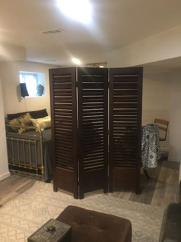 Alcove with room divider