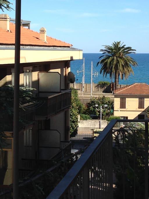 vista da balcone camera letto