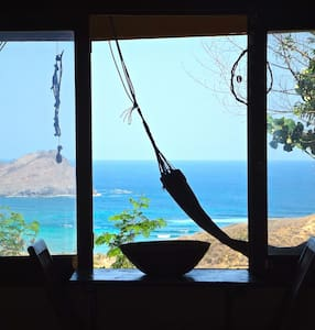 Areguling Ocean View (Case Verdi Cottages)