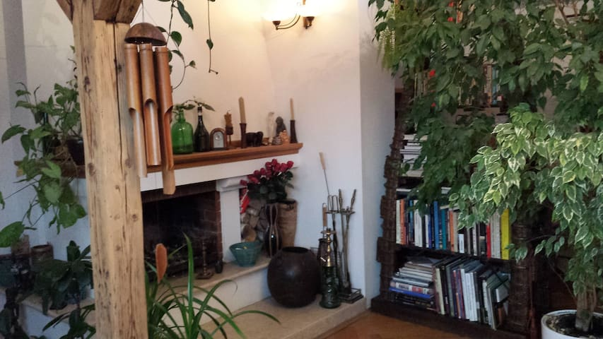 cosy apartment with fireplace - Warszawa - Lägenhet