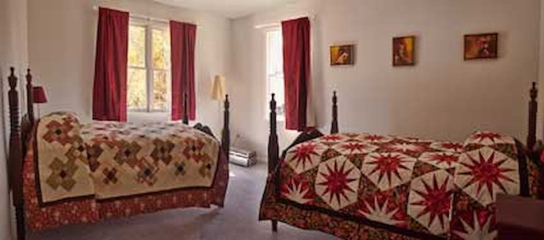 Shenandoah Manor B&B - Hopper Room - Lexington - Bed & Breakfast