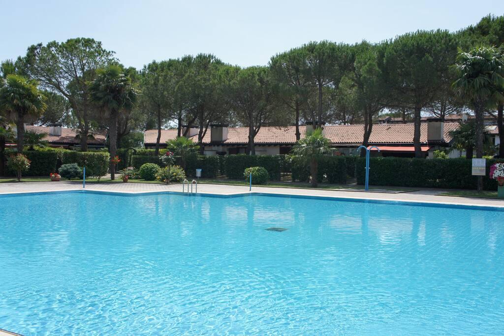 Dieser Pool ist ausschließlich für die Gäste der Residence Corte Grande