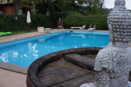 Suite Durga - Campagnano di Roma - Bed & Breakfast