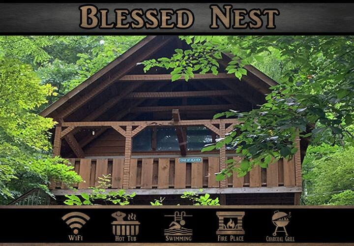 """Blessed Nest"" Mountain Views / Wifi / Hot Tub / Jacuzzi Tub / Pool Access"