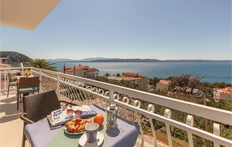 Holiday apartment with 2 bedrooms on 65m² in Zivigosce