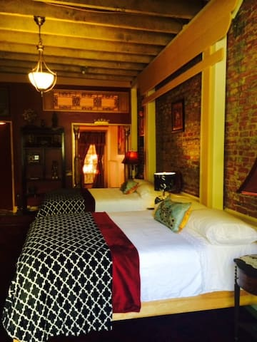 VIP Hotel Suite, Nevada City 95959 - Nevada City - Appartement