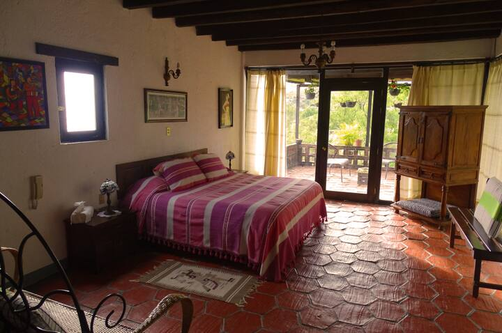 Villa Oaxaca, Suite Rosa
