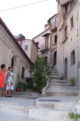 Vista stupenda sulle Isole Eolie. - Reggio Calabria - Huis