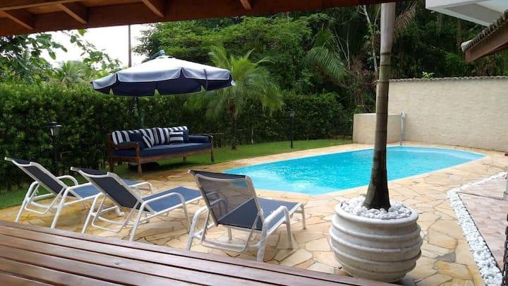 Casa do Zé! Sobrado aconchegante com piscina