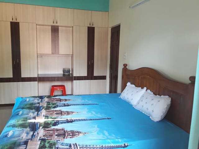 Mansao De Gomes.2bhk,Lovely place for families