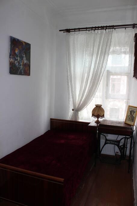 Спальня с 1,5-спальной кроватью
