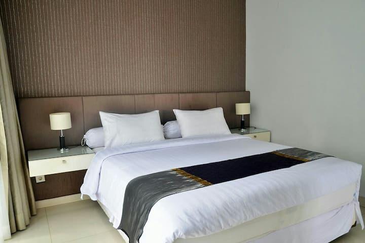 Chez Luxury 7 Bed rooms Villa Dago Pakar Bandung
