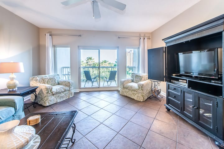 $1350/mo 4 Winter⭐400yd2Beach⭐Balcony⭐Pool⭐2X Sanitized⭐2BR Summit at Tops'l 312