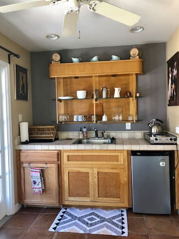 Kitchenette with a double burner stove top